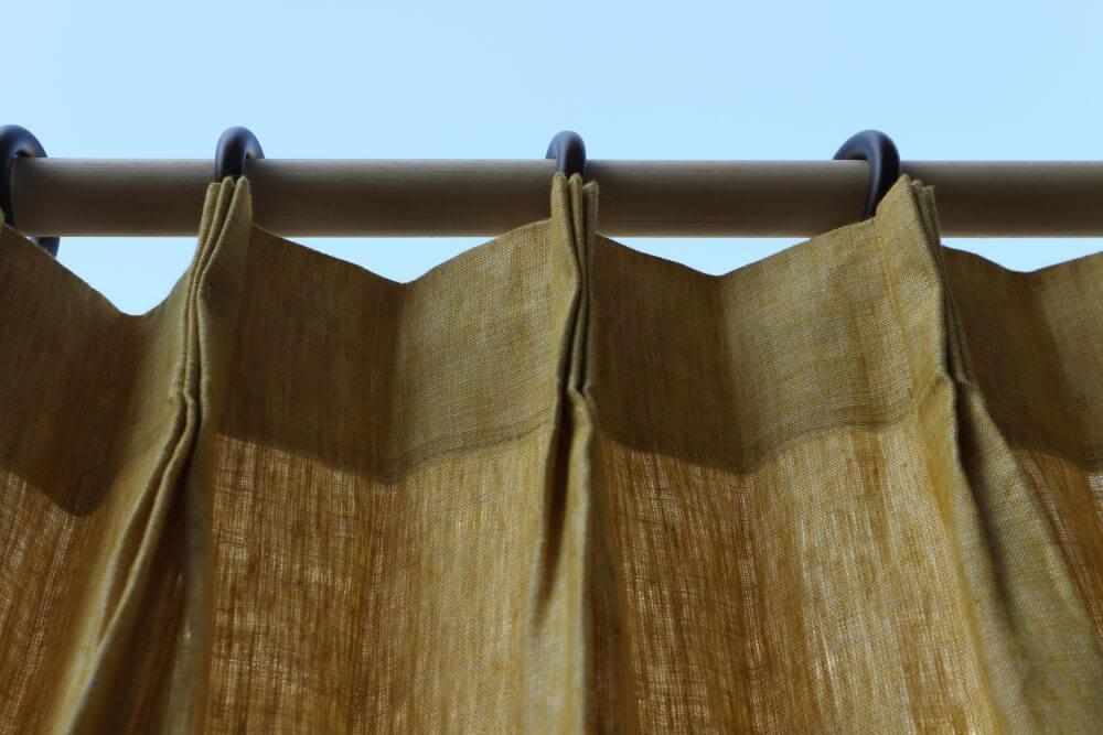 ヒダありカーテン