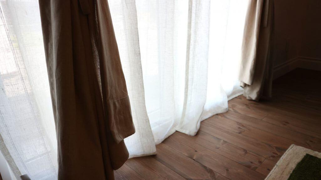 リフリンリネンカーテン 裾+3cm のブレイクスタイル